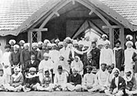 2634959 Mahatma Gandhi at a reception address, Jan