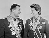 1148616 Cosmonauts Yuri Gagarin And Valentina Tere