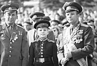 1148567 Yuri Gagarin And Pavel Popovich At May Day