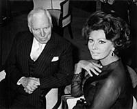 1859723 Charlie Chaplin et Sophia Loren; (add.info