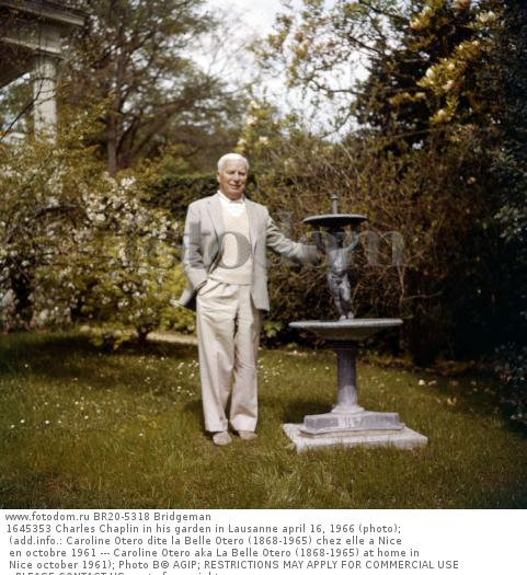 1645353 Charles Chaplin in his garden in Lausanne april 16, 1966 (photo); (add.info.: Caroline Otero dite la Belle Otero (1868-1965) chez elle a Nice en octobre 1961 --- Caroline Otero aka La Belle Otero (1868-1965) at home in Nice october 1961); Photo В© AGIP; RESTRICTIONS MAY APPLY FOR COMMERCIAL USE - PLEASE CONTACT US;  out of copyright.