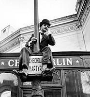 1649475 Fernand Raynaud, Dressed As Charlie Chapli