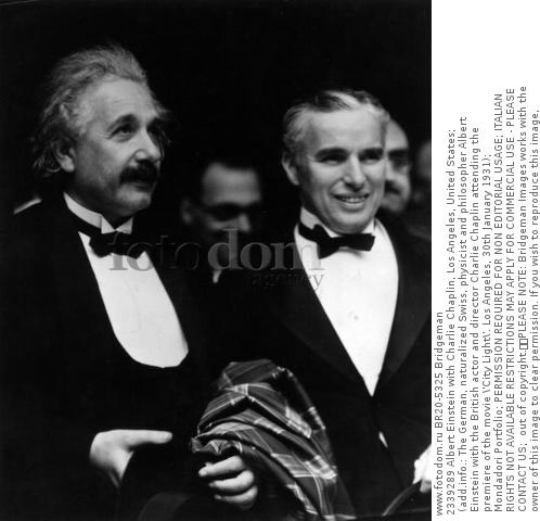2339289 Albert Einstein with Charlie Chaplin, Los Angeles, United States; (add.info.: The German, naturalized Swiss, physicist and philosopher Albert Einstein with the British actor and director Charlie Chaplin attending the premiere of the movie \'City Light\'. Los Angeles, 30th January 1931); Mondadori Portfolio; PERMISSION REQUIRED FOR NON EDITORIAL USAGE; ITALIAN RIGHTS NOT AVAILABLE RESTRICTIONS MAY APPLY FOR COMMERCIAL USE - PLEASE CONTACT US;  out of copyright.  PLEASE NOTE: Bridgeman Images works with the owner of this image to clear permission. If you wish to reproduce this image, please inform us so we can clear permission for you.