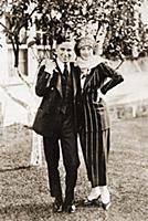 937173 Charlie Chaplin and Anna Pavlova, c.1933 (b