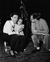 4063988 On The Set, Judy Garland With His Daughter