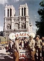 1753966 american GI\'s in front of Notre Dame cath