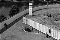 The Berlin Wall in the Neukoeln area, 1988 (b/w ph