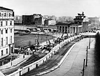 East germans strengthening Berlin wall under look