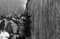 Reunification of Germany, Fall of the Berlin Wall,