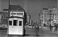 US Army checkpoint manned by US military police, O
