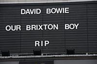 Акции памяти Дэвида Боуи