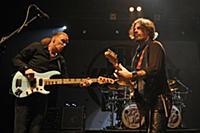 LONDON, ENGLAND - January 31: Billy Sheehan and Ri