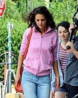 Katie Holmes and Stefania Owen on the set of the m