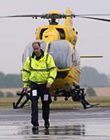 Принц Уильям стал пилотом санитарной авиации
