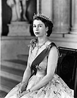Подборка архивных фотографий Елизаветы II