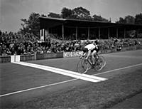 Former world sprint champion Reg Harris (Britain)