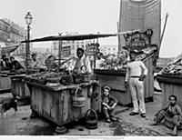 <caption>'Ostricaio': Fish and oyster sellers on t