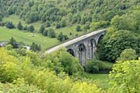 Вид на виадук (Headstone Viaduct). Долина реки Уай