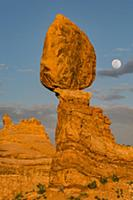 Full moon and Balanced Rock, Arches National Park,