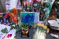 Акции памяти Дэвида Боуи. Дом Боуи в Сохо, Нью-Йорк