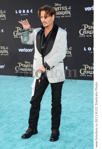 -Hollywood, CA - 05/18/2017 Premiere of Pirates of the Caribbean: Dead Men Tell no Tales-PICTURED: Johnny Depp-PHOTO by: Sara De Boer/startraksphoto.com-SDL_7085Startraks PhotoNew York, NY For licensing please call 212-414-9464 or email sales@startraksphoto.com