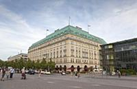 Germany, Berlin, Mitte, Hotel Adlon on the corner
