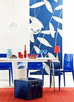 Dining table, stool, plastic chairs & photographic