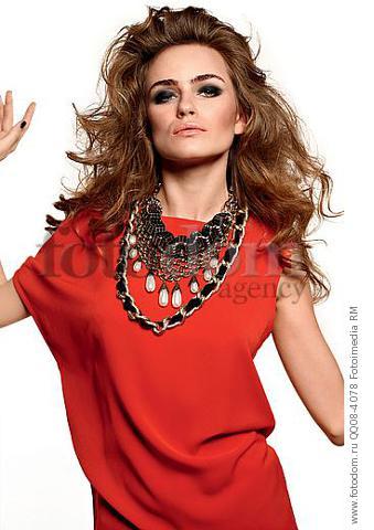 Бижутерия для красного платья