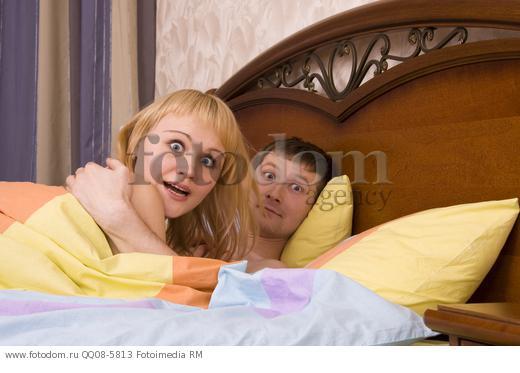 Муж трахнул жену в спальне это