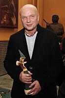 Лауреат премии \'Золотой орел\' актер Андрей Смоля