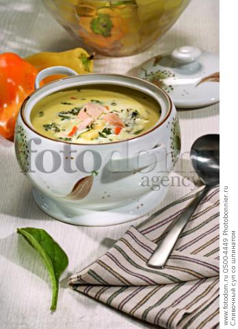 Сливочный суп со шпинатом