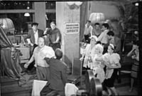 Кадр из фильма «Дайте жалобную книгу»