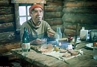 Кадр из фильма «Самогонщики»