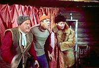 Кадры из фильма «Самогонщики» (1961)