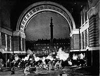 Кадры из фильмов «Ленин в Октябре», «Октябрь»