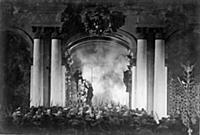 Кадр из фильма «Ленин в Октябре» (1937).