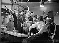Кадр из фильма «Взрослые дети», (1961). На фото: К