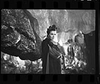 Кадр из фильма «Каменный цветок», (1946). На фото: