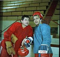 Кадр из фильма «Такая жесткая игра - хоккей», (198
