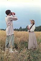 Кадр из фильма «Барышня-крестьянка», (1995). На фо
