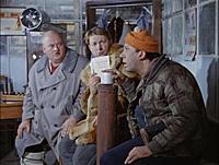Кадр из фильма «Операция «Ы» и другие приключения