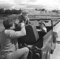 Кадр из фильма «На завтрашней улице», (1965). На ф