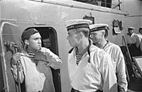 Кадр из фильма «Увольнение на берег», (1962). На ф