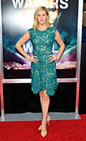 Actress Taylor Louderman attends the New York prem