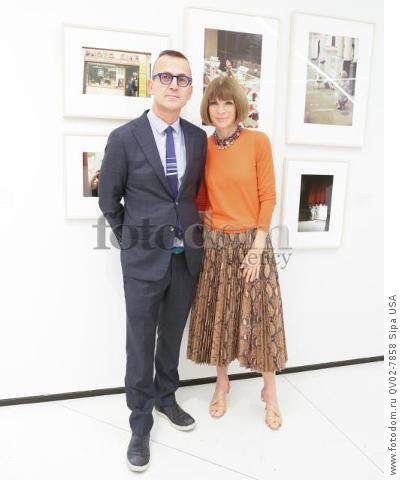 Steven Kolb, Anna Wintour - 10/13/2015 - New York, New York - CFDA x VOGUE: FASHION FUND DESIGN CHALLENGE COCKTAIL held at One World Trade Center, NYC. (Photo by Matteo Prandoni/BFA) *** Please Use Credit from Credit Field ***