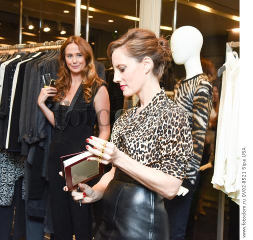 Jennifer Abel, Liz Goldwyn - 10/21/2015 - Los Angeles, California - EQUIPMENT & VOGUE WITH LIZ GOLDWYN held at Equipment Boutique, Los Angeles,. (Photo by Owen Kolasinski/BFA) *** Please Use Credit from Credit Field ***