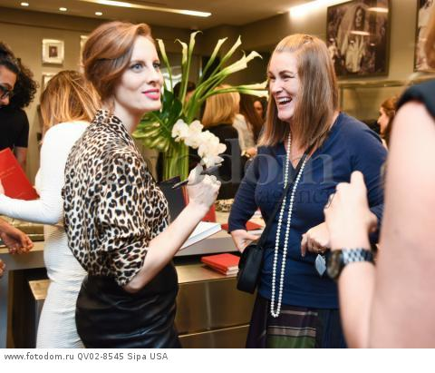 Liz Goldwyn, Erin Farr - 10/21/2015 - Los Angeles, California - EQUIPMENT & VOGUE WITH LIZ GOLDWYN held at Equipment Boutique, Los Angeles,. (Photo by Owen Kolasinski/BFA) *** Please Use Credit from Credit Field ***