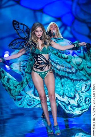 Gigi Hadid on the runway during the 2015 New York Victoria?s Secret Fashion Show held at the Lexington Armory in New York City on November 10, 2015. (Photo by Anthony Behar) *** Please Use Credit from Credit Field *** *** Please Use Credit from Credit Field ***