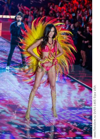 Joan Smalls on the runway during the 2015 New York Victoria?s Secret Fashion Show held at the Lexington Armory in New York City on November 10, 2015. (Photo by Anthony Behar) *** Please Use Credit from Credit Field *** *** Please Use Credit from Credit Field ***