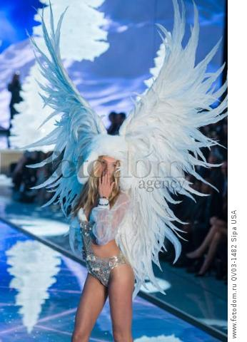 Elsa Hosk on the runway during the 2015 New York Victoria?s Secret Fashion Show held at the Lexington Armory in New York City on November 10, 2015. (Photo by Anthony Behar) *** Please Use Credit from Credit Field *** *** Please Use Credit from Credit Field ***